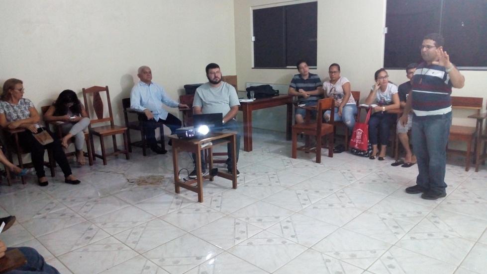 PROMOTOR VOCACIONAL CAMILIANO REALIZA FORMAÇÃO PARA O SAV DA PARÓQUIA SANTA TERESINHA